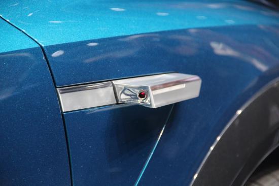 IAA 2015: Audi thách thức Tesla bằng E-tron Quattro đầy sắc sảo8