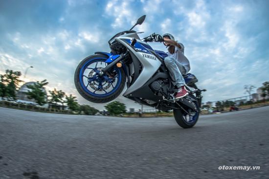 Yamaha YZF-R3 2015 8