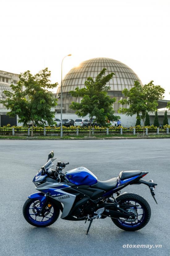 Yamaha YZF-R3 2015 11