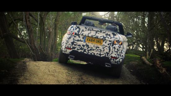Range Rover Convertible phô diễn khả năng off-road 3