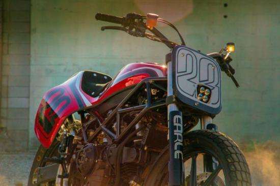 DAS MOTORRAD – Kĩ sư ô tô thiết kế xe máy độ 8