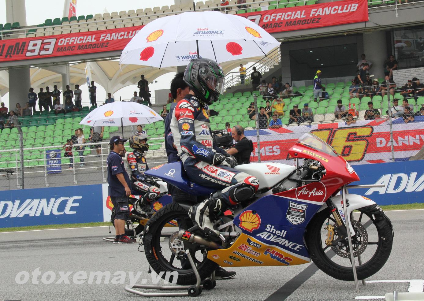 Xe đua Shell Advance Asia Talent Cup Honda NSF250R ảnh 2