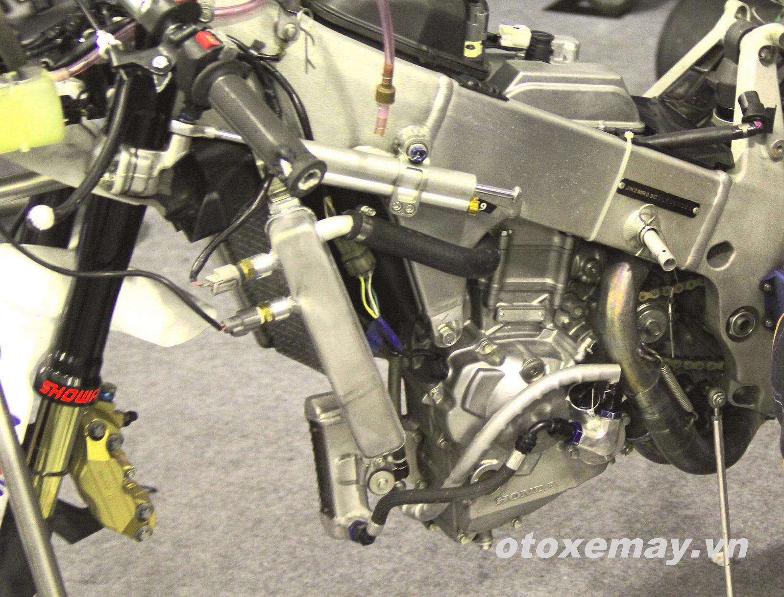 Xe đua Shell Advance Asia Talent Cup Honda NSF250R ảnh 13