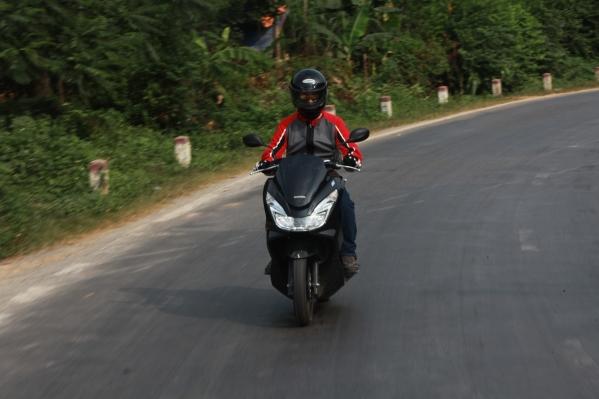 Honda PCX - Xe ga tiện ích 7