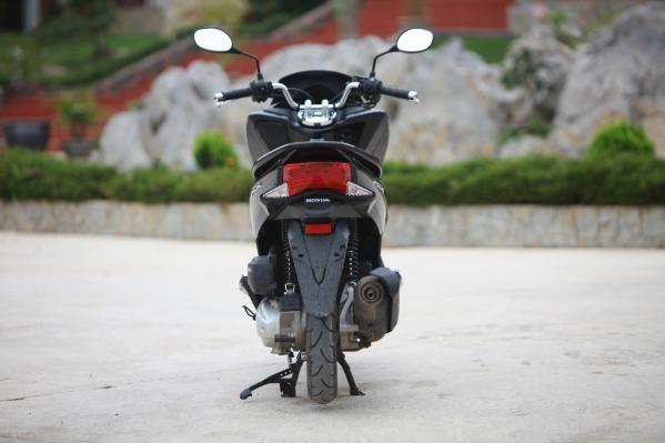 Honda PCX - Xe ga tiện ích 5