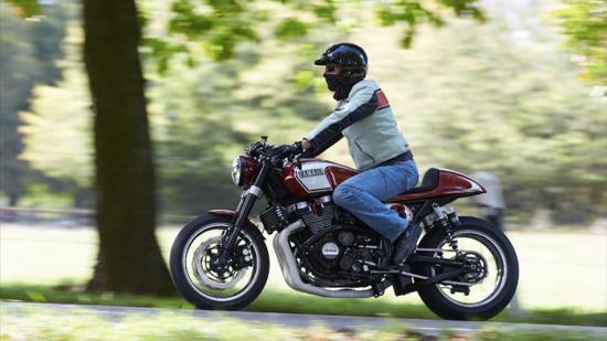 Dân buôn Yamaha bỏ bán hàng đi thi độ xe 4