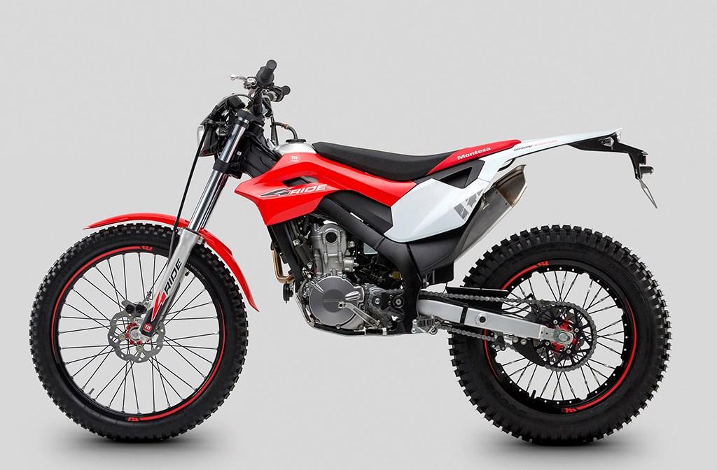 Honda trình diện triển lãm EICMA loạt xe thể thao mới - Honda CB500 - 9