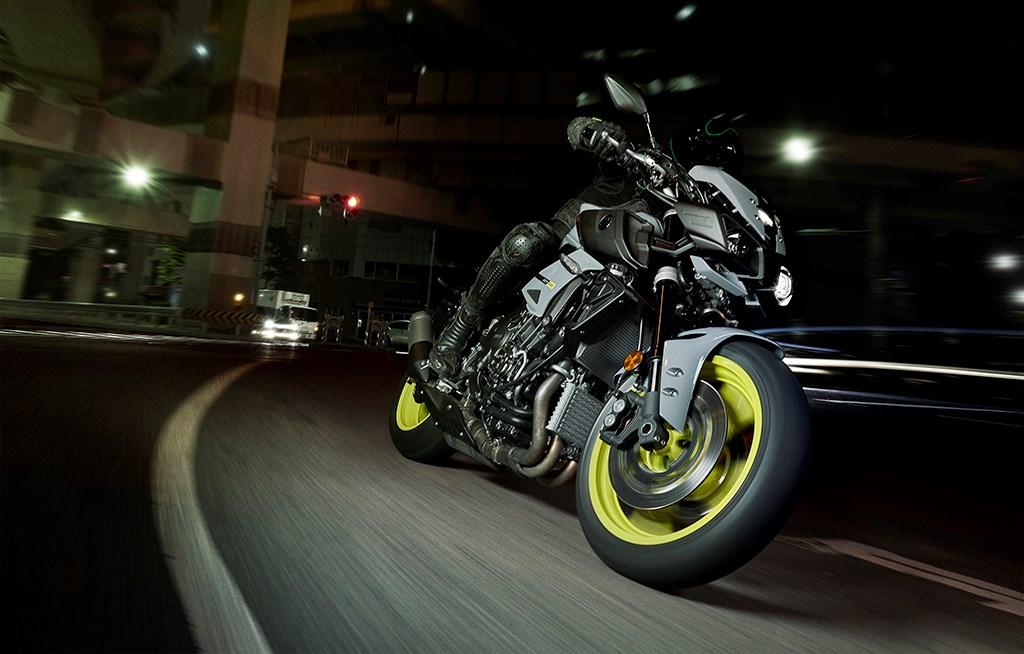 Yamaha sắp tung loạt môtô đời mới tại EICMA 2015 - ảnh 2