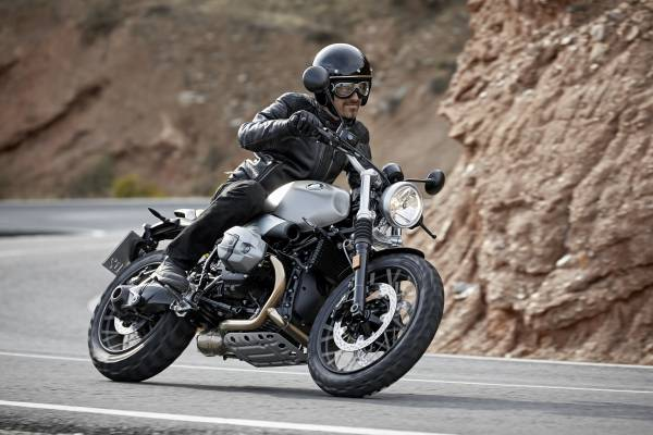 otoxemay.vn-BMW-R-nineT-Scrambler-2016-6