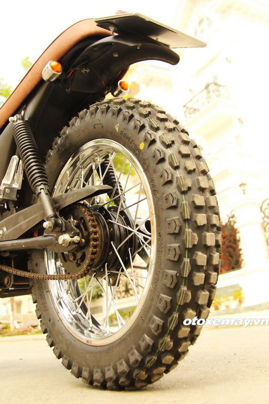 Biker Sài Gòn phiêu lãng với Honda Win độ Tracker_3