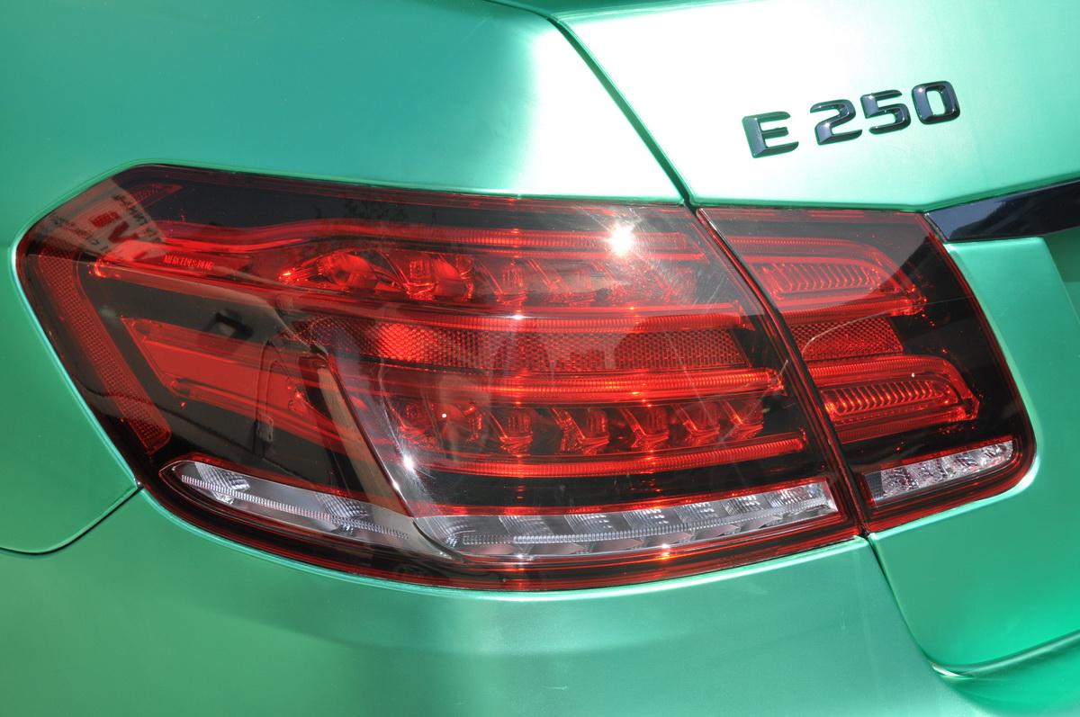 Mercedes E250 AMG đẹp hút hồn trên phố Sài Gòn với giá độ bình dân_8