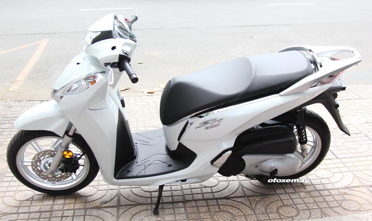 Xe ga cao cấp SH300i 2016 giảm giá sâu tại Sài Gòn_1