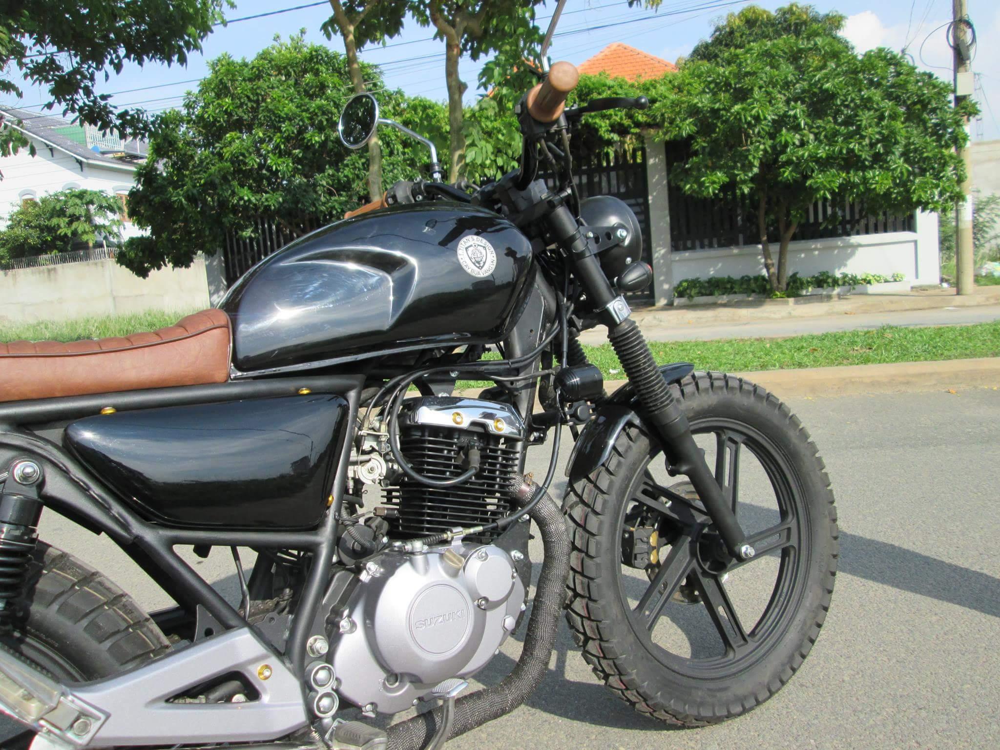 Thú vị nakedbike Suzuki EN 150 độ Tracker tại Sài Gòn_4