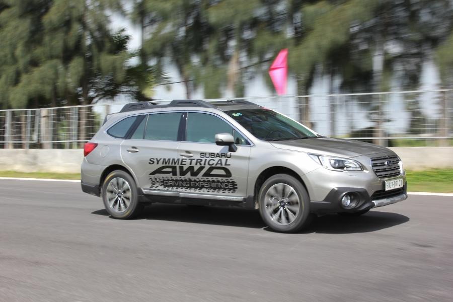 Trải nghiệm lái Subaru tránh nguy hiểm thường gặp_12