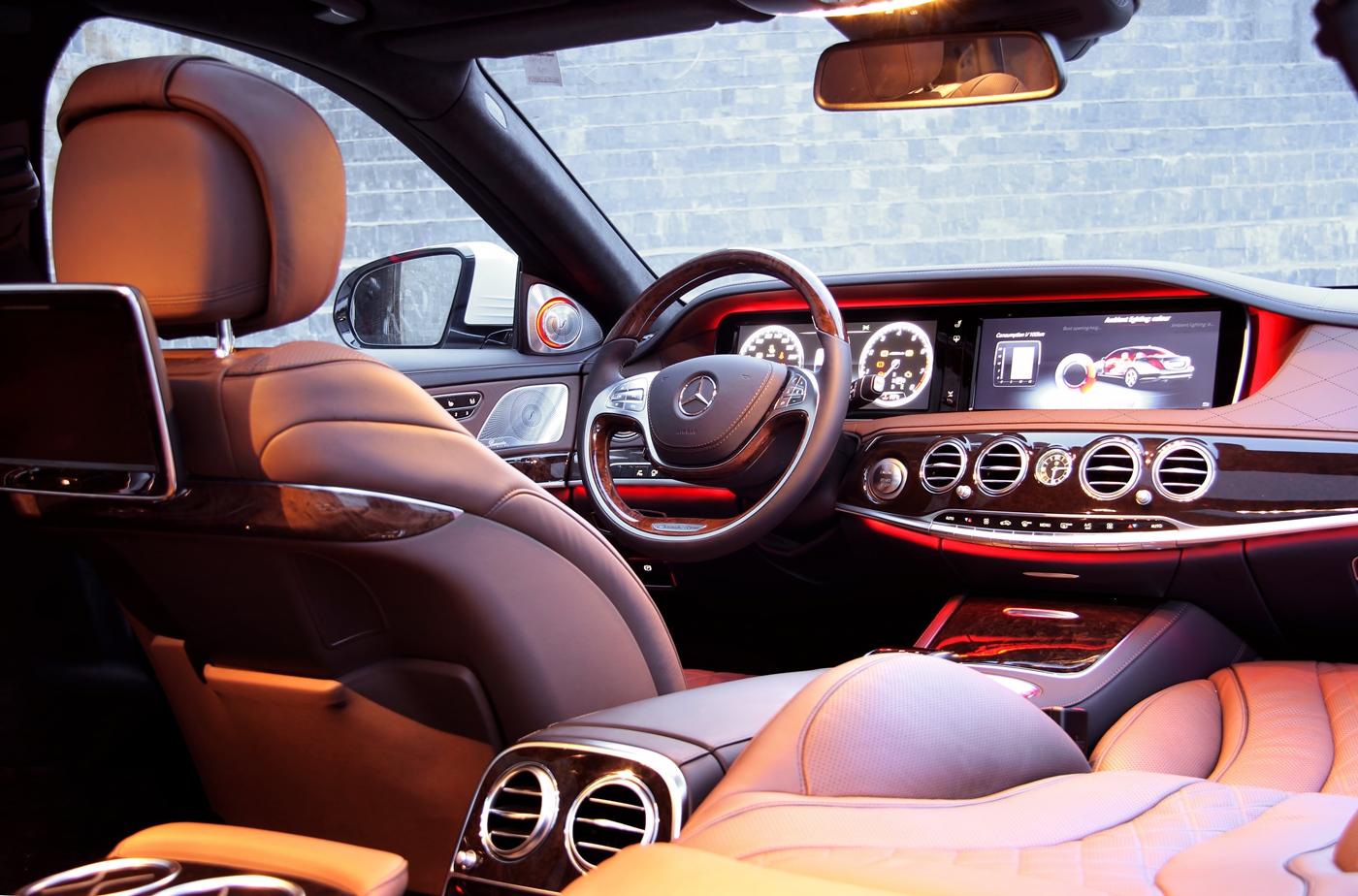 Khám phá đẳng cấp Mercedes S-Class phục vụ hệ thống Vinpearl_4