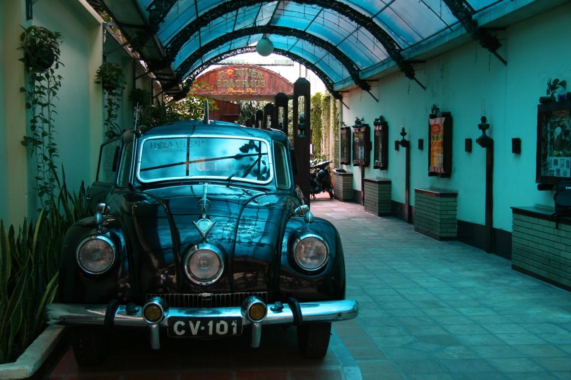 Ô tô cổ Tatra 3 đèn pha hàng độc tại TPHCM_10