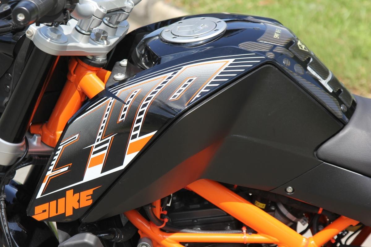 KTM Duke 390: bất ngờ nakedbike xứ lạ_11