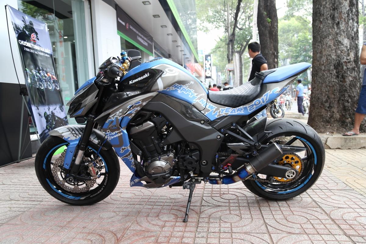 Tân trang Kawasaki Z1000 đón năm mới_1