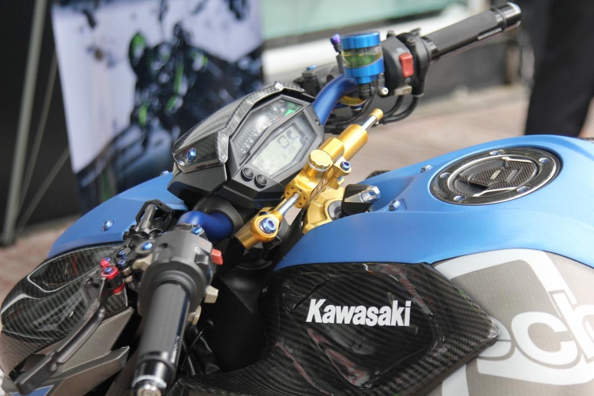 Tân trang Kawasaki Z1000 đón năm mới_3
