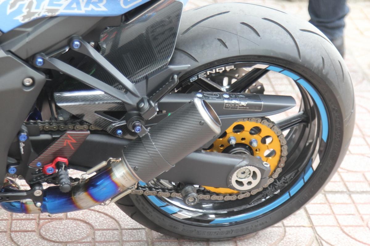 Tân trang Kawasaki Z1000 đón năm mới_6