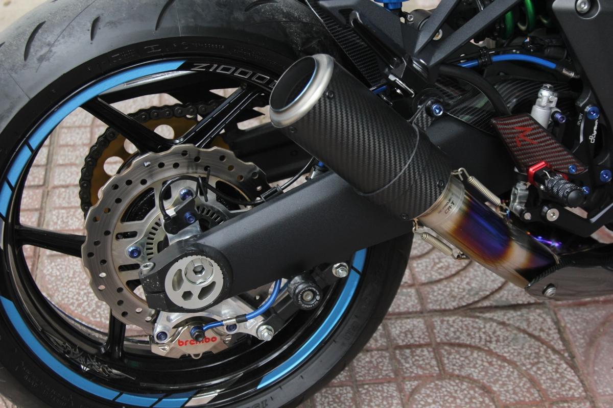 Tân trang Kawasaki Z1000 đón năm mới_10