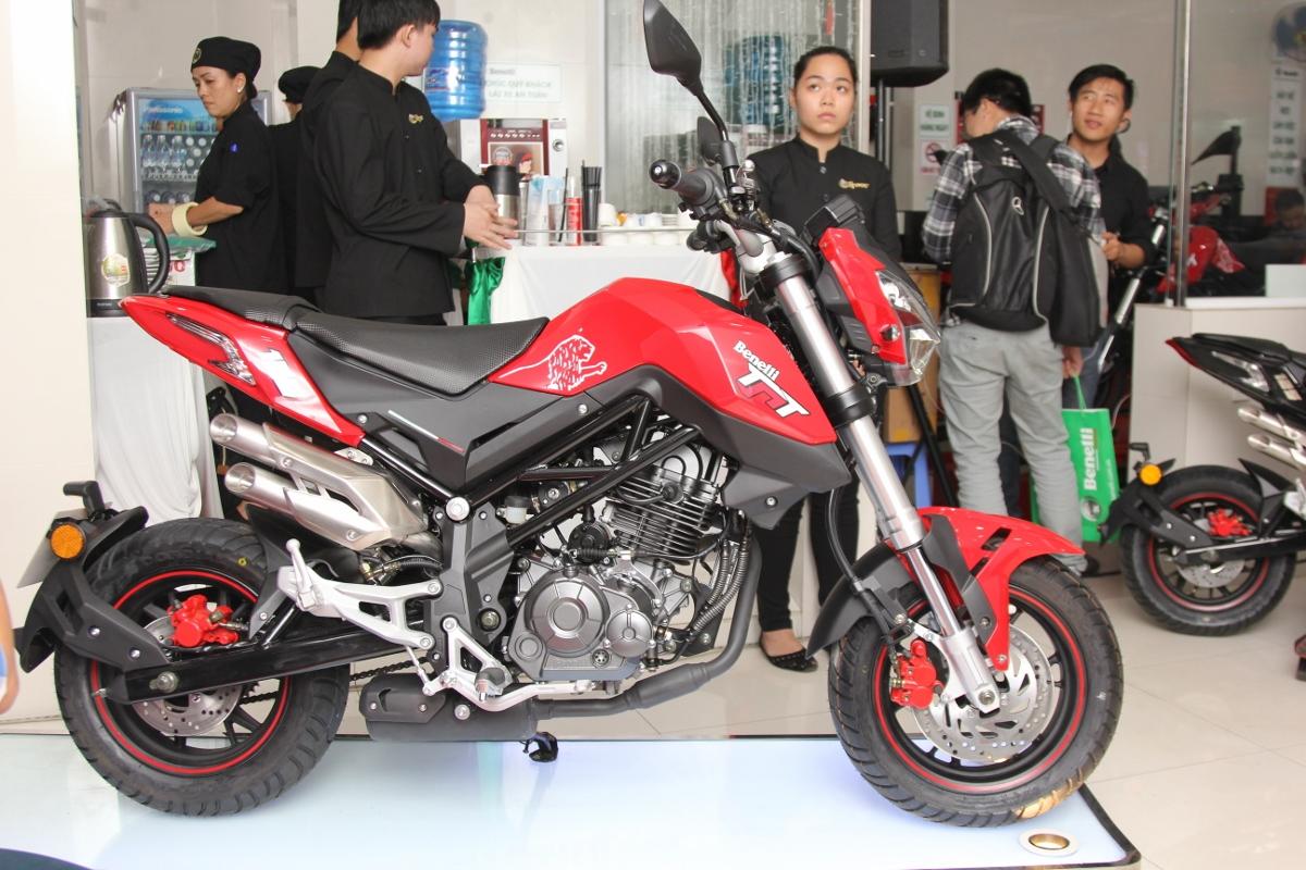 Honda MSX dè chừng Benelli TNT 125 giá 39,9 triệu đồng_1
