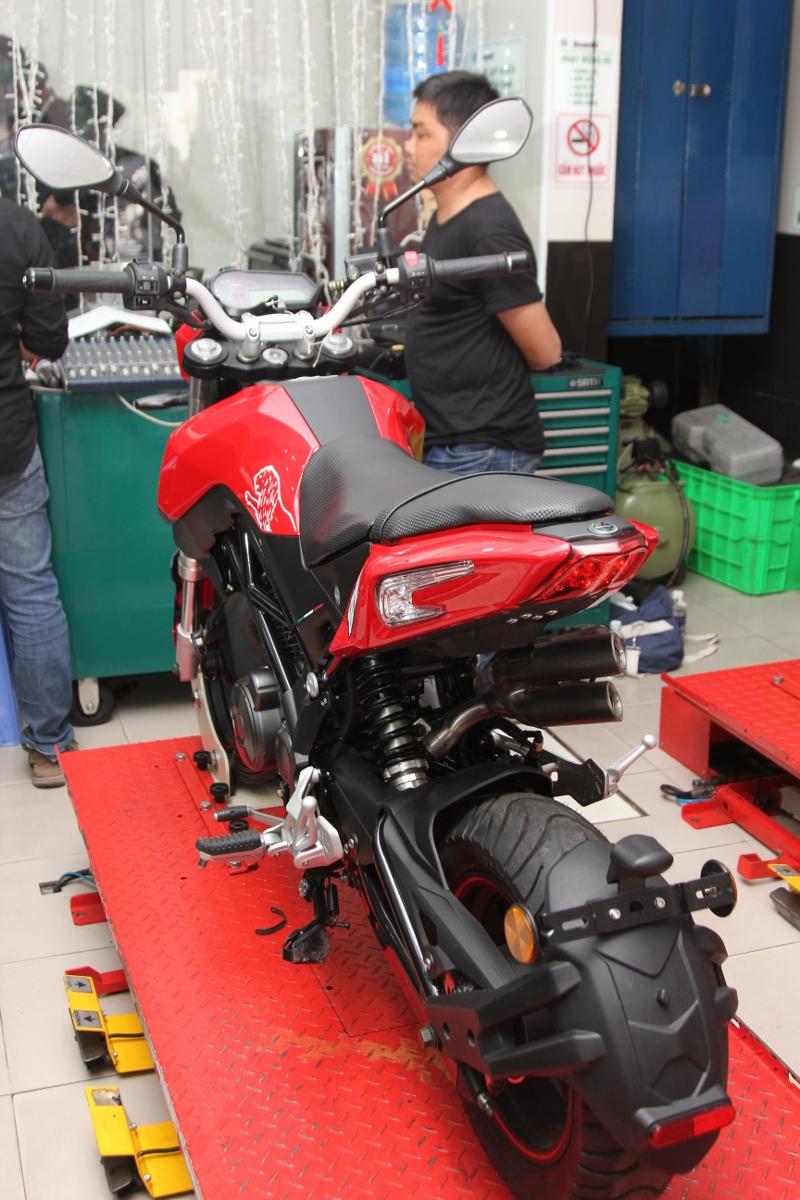Honda MSX dè chừng Benelli TNT 125 giá 39,9 triệu đồng_10