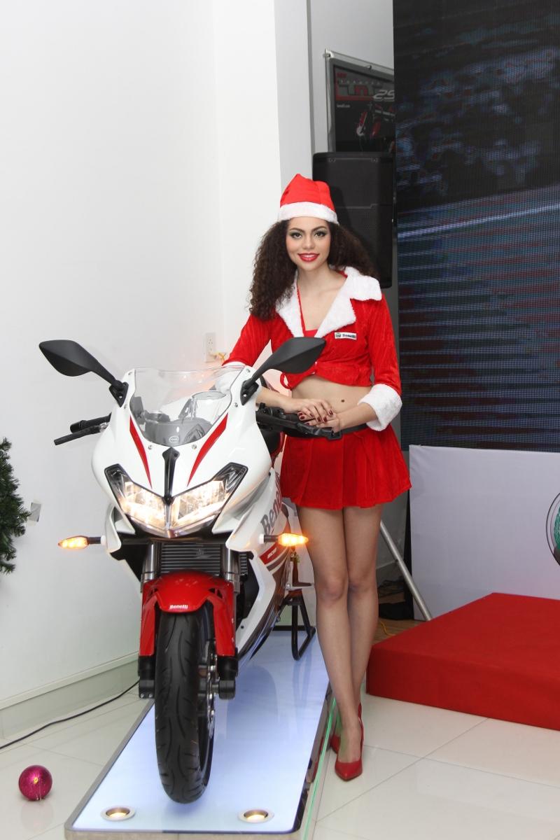 Benelli tung sportbike 302R rẻ hơn 50 triệu so với Yamaha R3_2