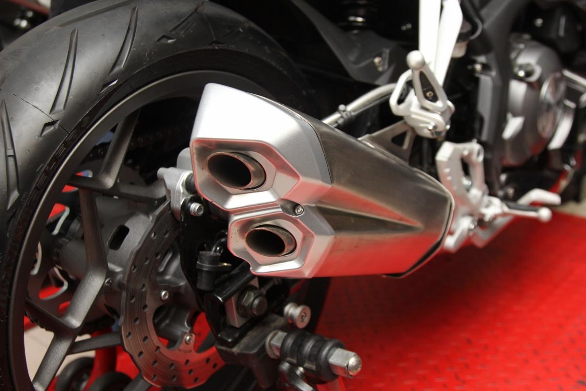 Benelli tung sportbike 302R rẻ hơn 50 triệu so với Yamaha R3_9