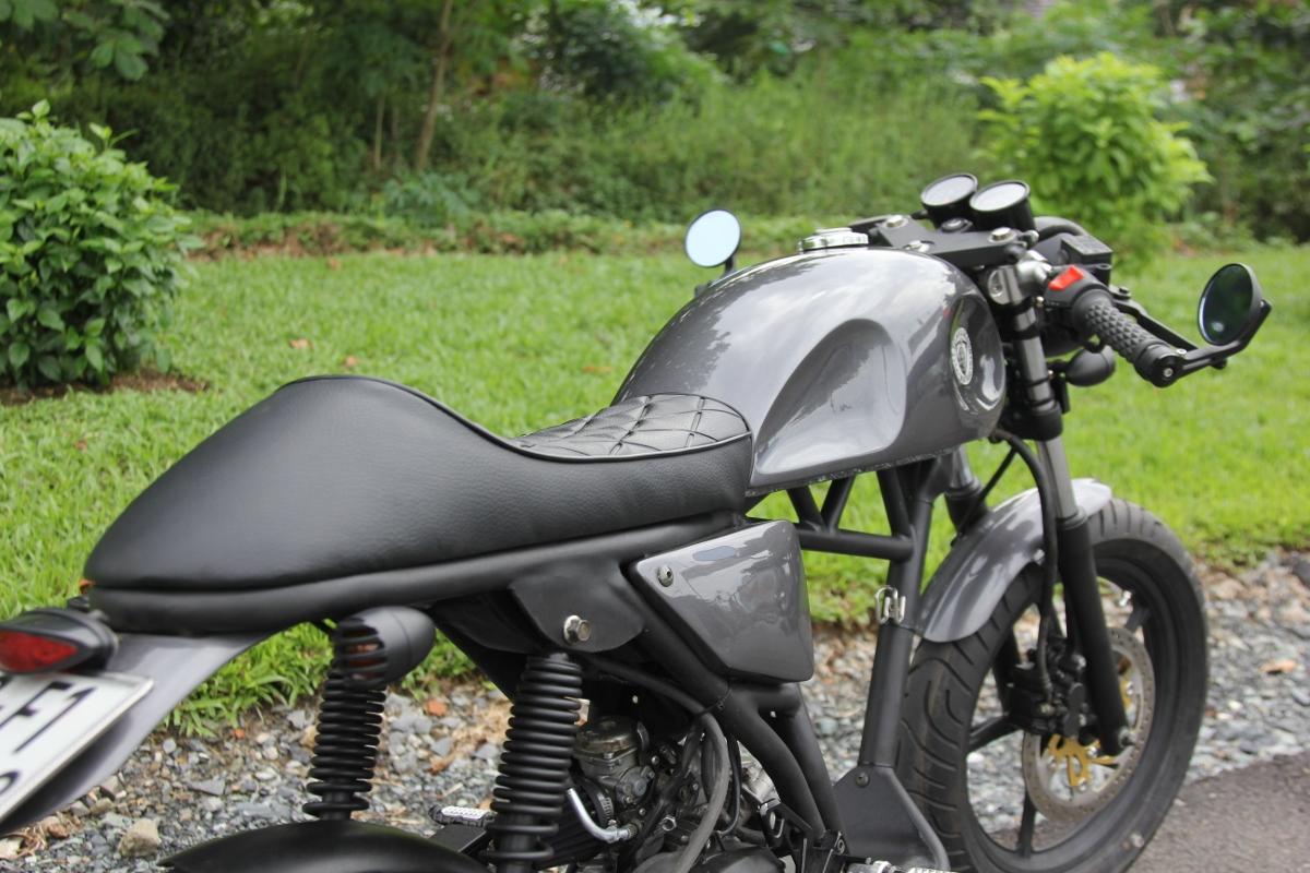 Yamaha Nouvo khơi mào xe ga độ Cafe Racer tại Việt Nam_3