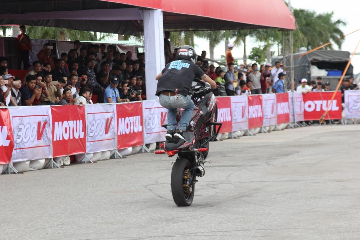 Motul Stunt Fest 2017 khai mạc thu hút fan Việt xem biểu diễn xe_21