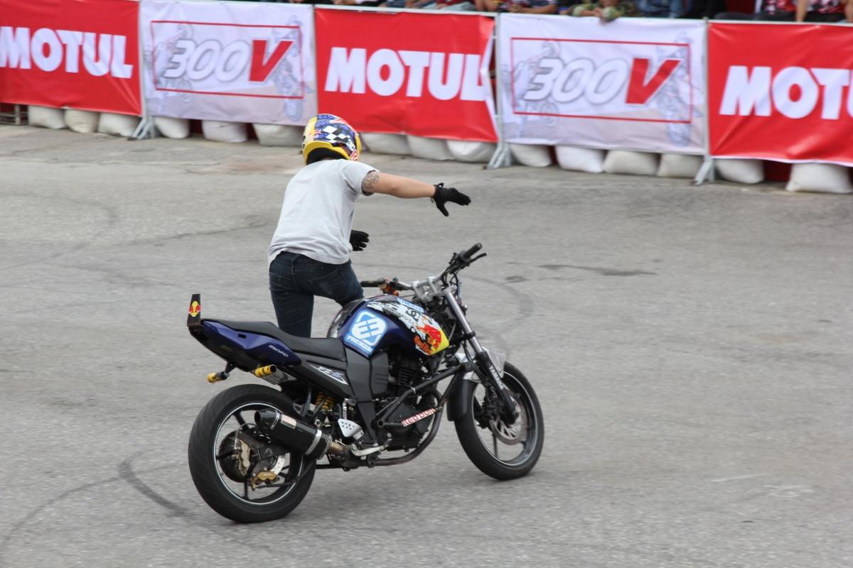 Motul Stunt Fest 2017 khai mạc thu hút fan Việt xem biểu diễn xe_15