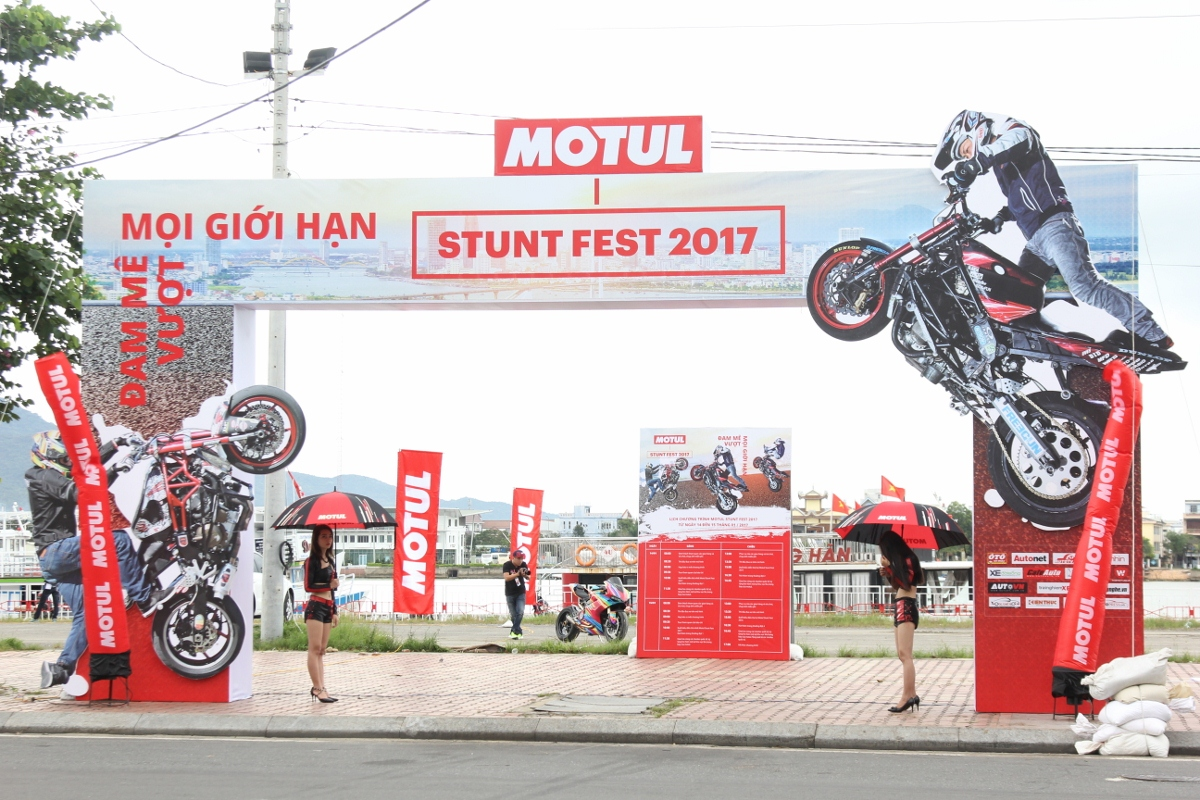 Motul Stunt Fest 2017 khai mạc thu hút fan Việt xem biểu diễn xe_4