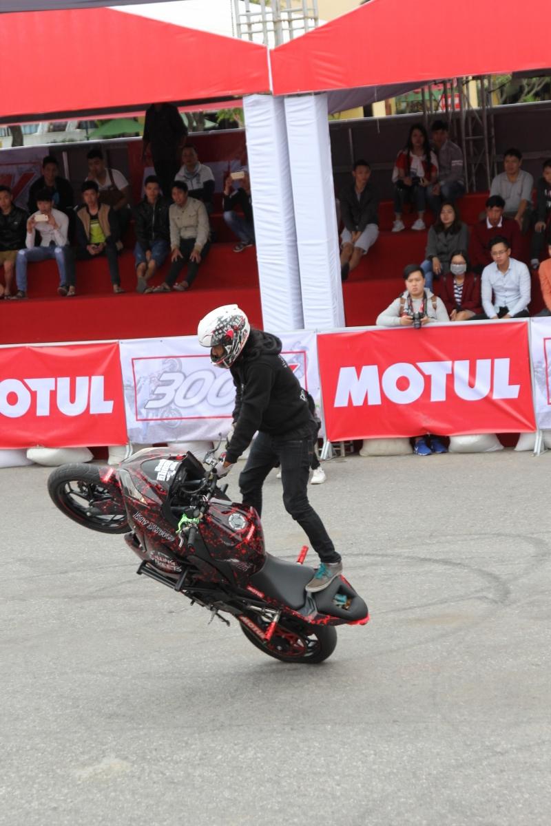 Motul Stunt Fest 2017 khai mạc thu hút fan Việt xem biểu diễn xe_19