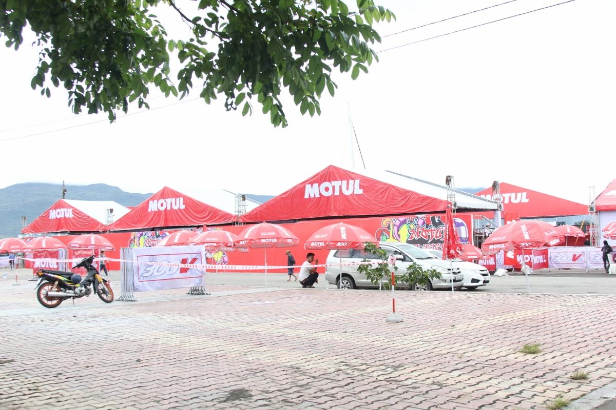 Motul Stunt Fest 2017 khai mạc thu hút fan Việt xem biểu diễn xe_5