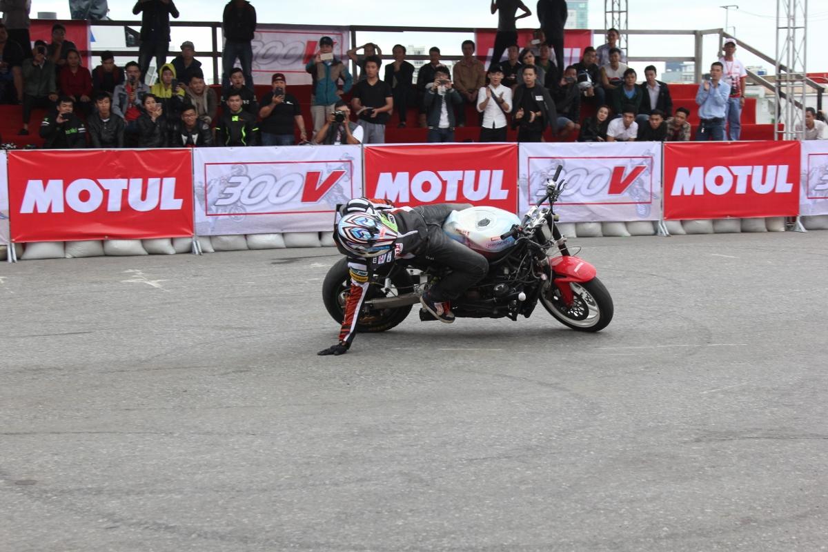 Motul Stunt Fest 2017 khai mạc thu hút fan Việt xem biểu diễn xe_17