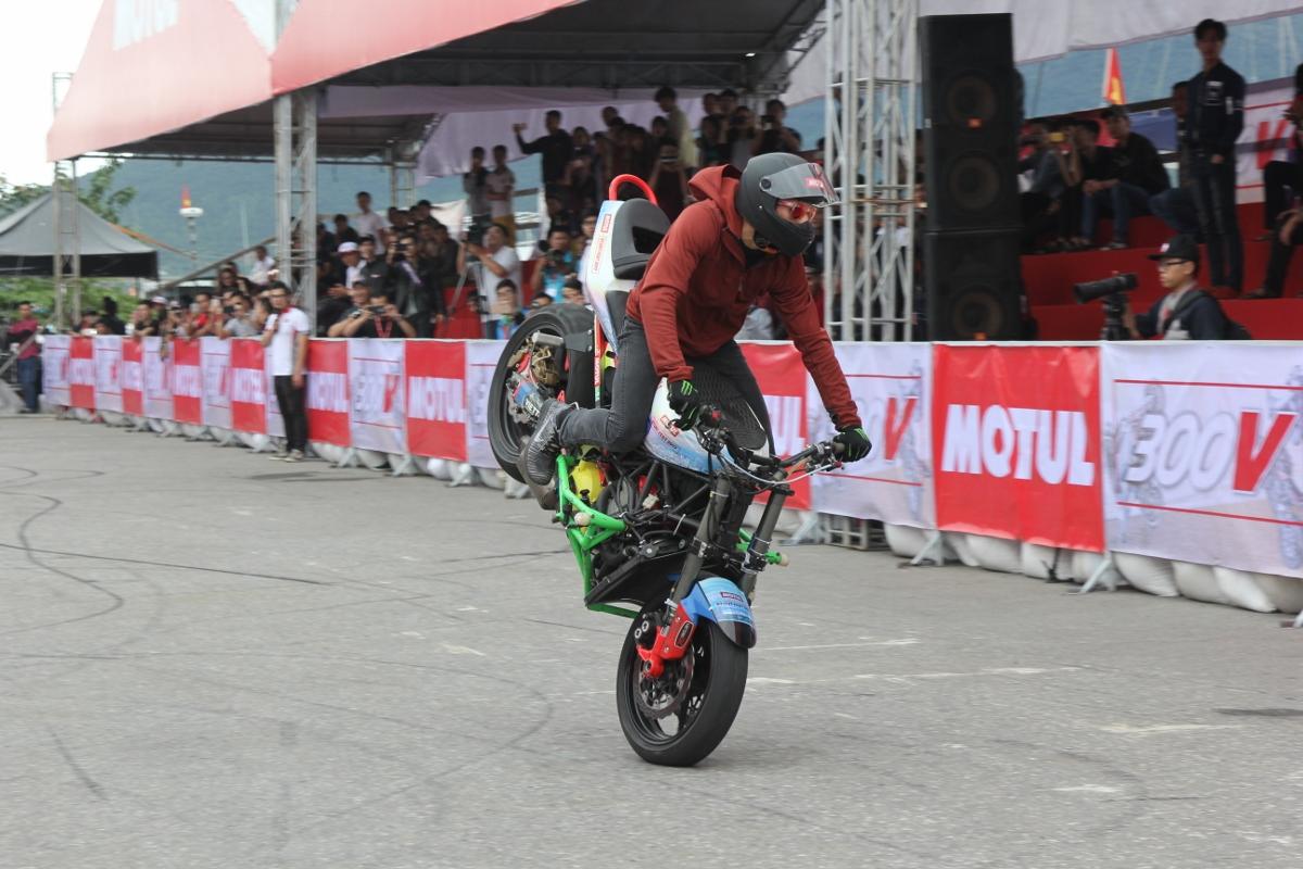 Motul Stunt Fest 2017 khai mạc thu hút fan Việt xem biểu diễn xe_18