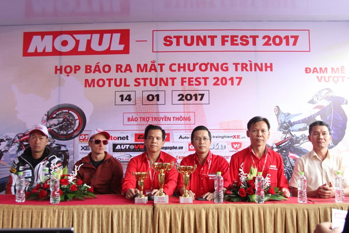 Motul Stunt Fest 2017 khai mạc thu hút fan Việt xem biểu diễn xe_6