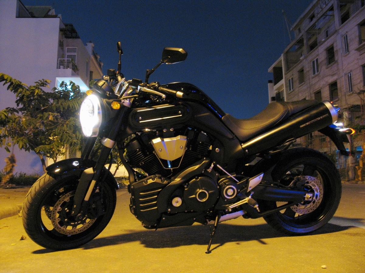 Chiêm ngưỡng một đại diện chuẩn mực dòng nakedbike - Yamaha MT-01_1