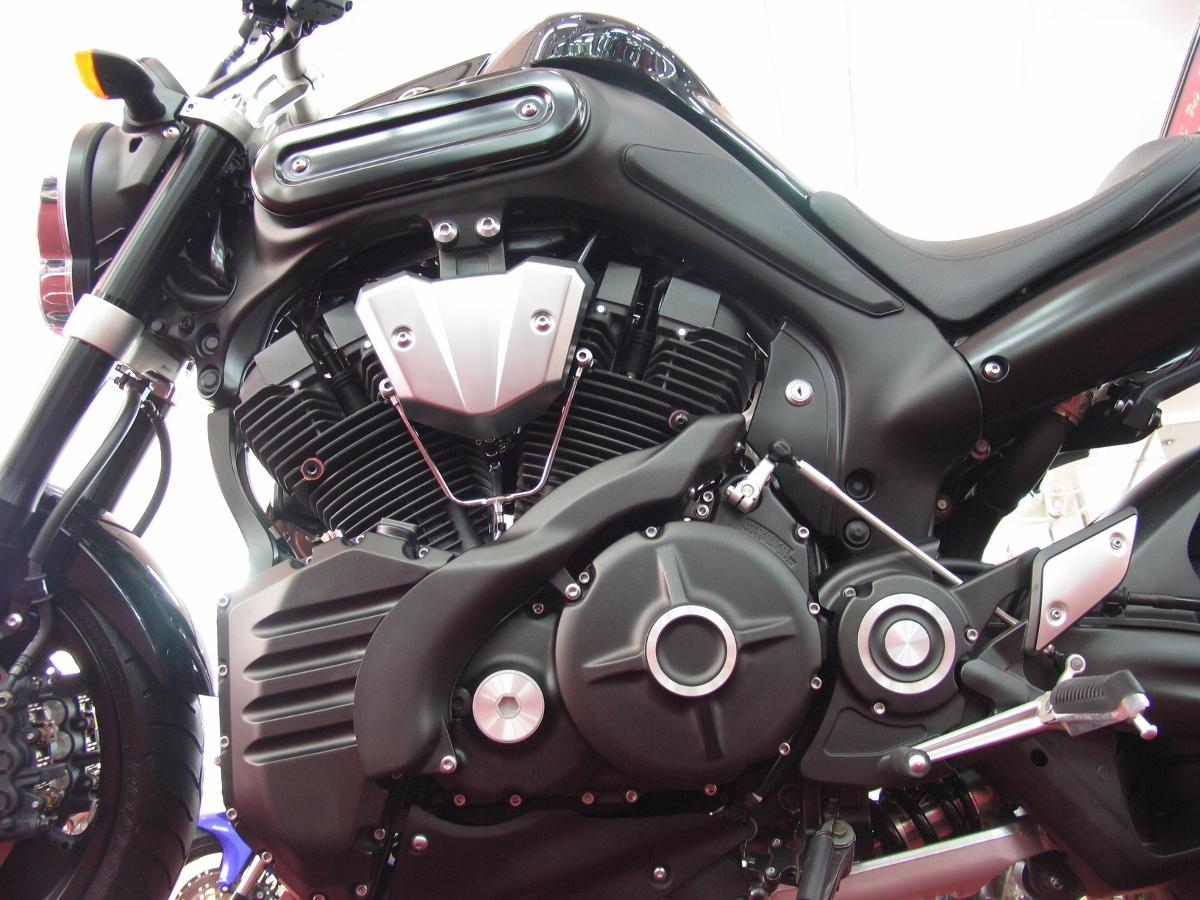 Chiêm ngưỡng một đại diện chuẩn mực dòng nakedbike - Yamaha MT-01_7