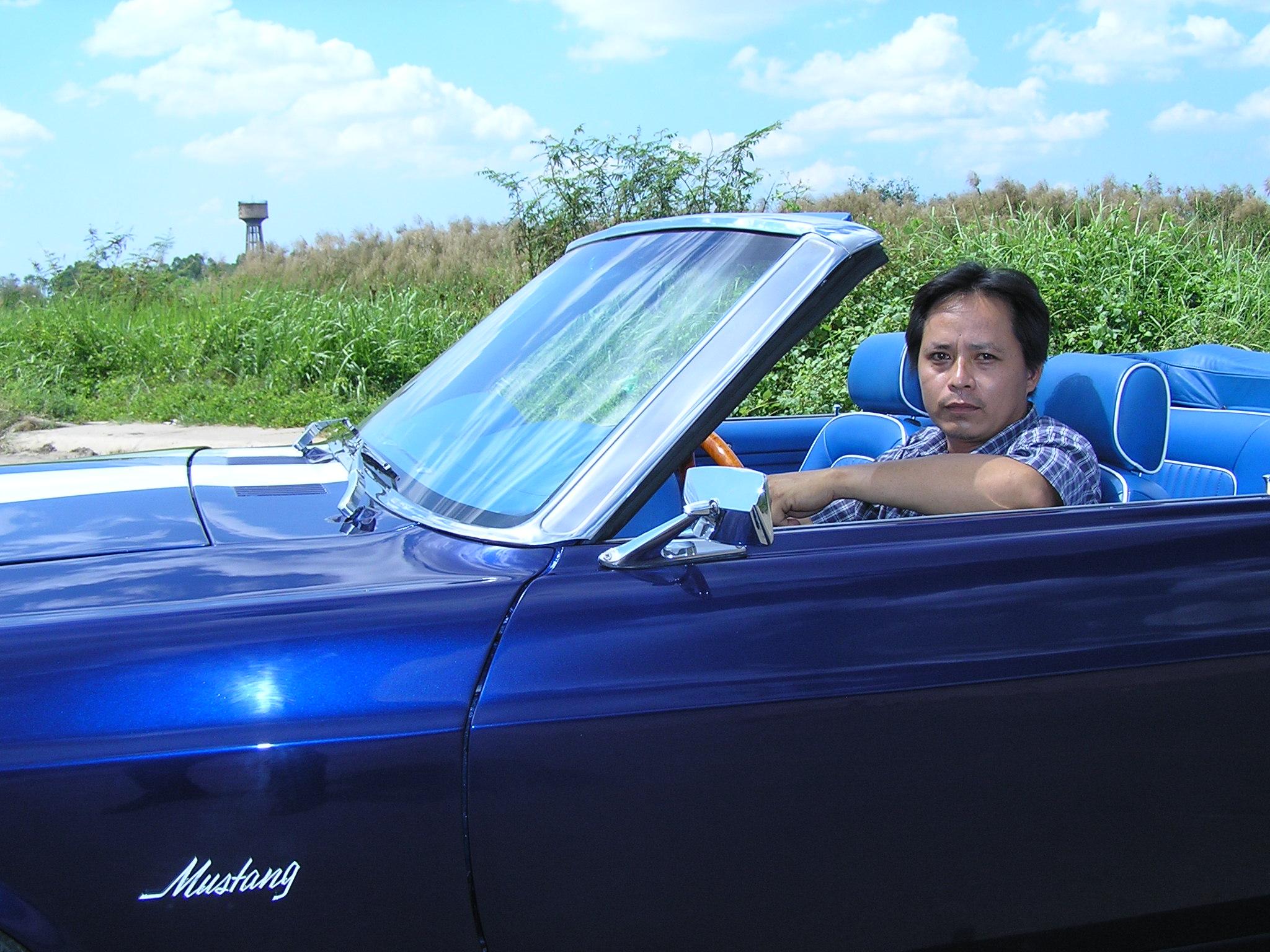 Khám phá xe cổ Ford Mustang 1970 tại Sài Gòn_18