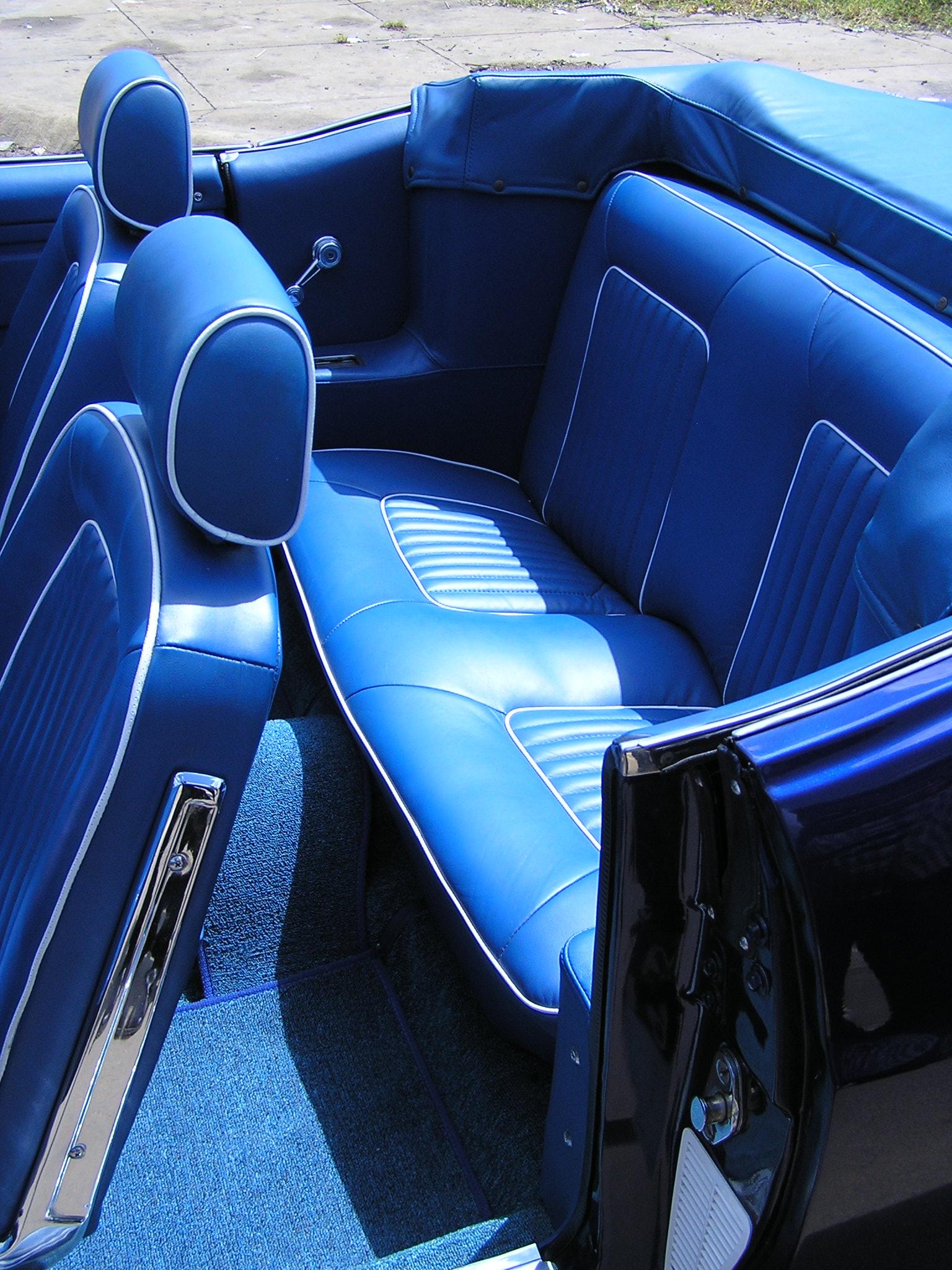Khám phá xe cổ Ford Mustang 1970 tại Sài Gòn_9
