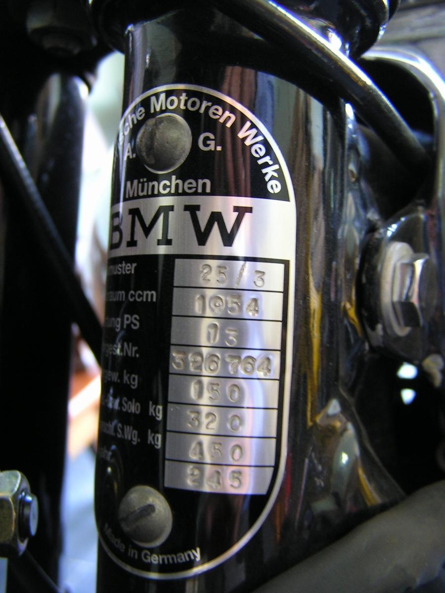BMW R25 – chiếc môtô khơi niềm đam mê hơn 60 năm_9