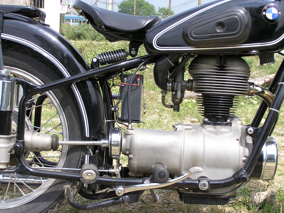 BMW R25 – chiếc môtô khơi niềm đam mê hơn 60 năm_4