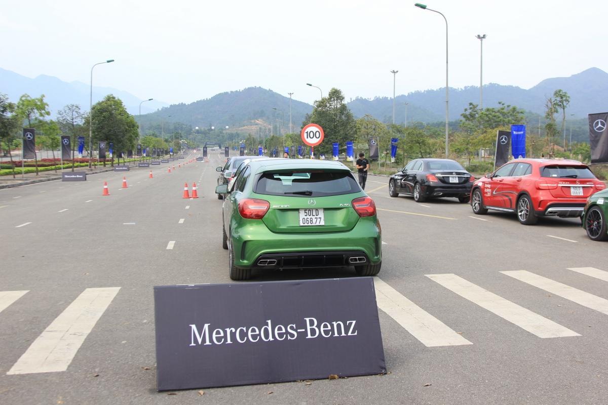 Thu-cam-giac-Fast-Furious-khi-kich-hoat-Race-Start-tren-xe-Mercedes-AMG-anh-3