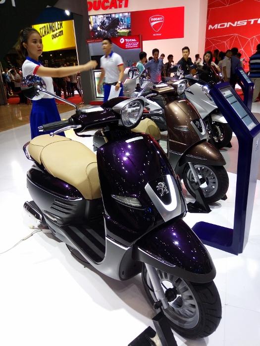 VMCS-2017-Xe-ga-Peugeot-thanh-tinh-giua-trien-lam-anh-5