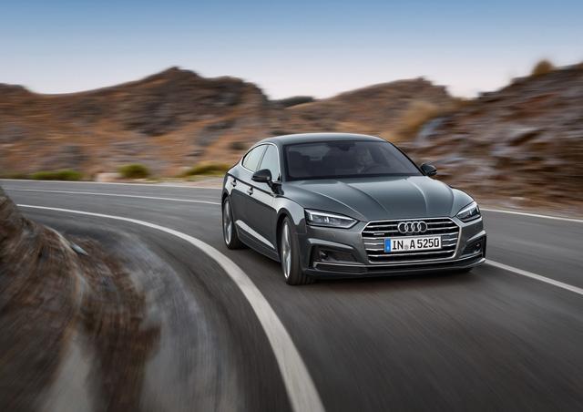Audi-va-Mercedes-Benz-tham-gia-Trien-lam-Phong-cach-Song-chau-Au-dau-tien-tai-Viet-Nam-anh-2