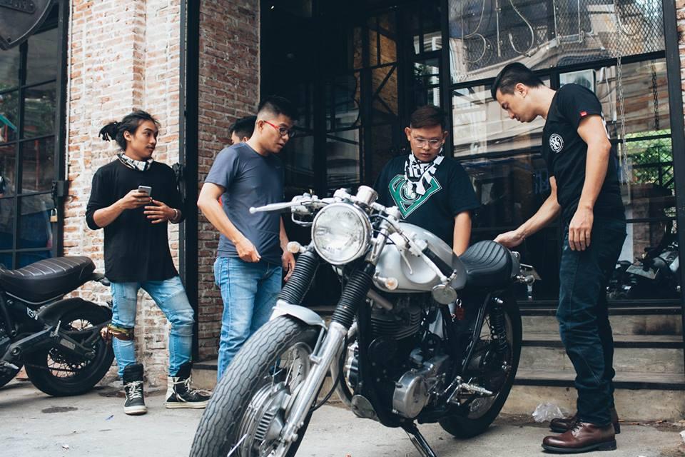 San-choi-moi-Biker-Shield-Bistro-cho-nguoi-yeu-xe-giua-Sai-Gon-anh-3