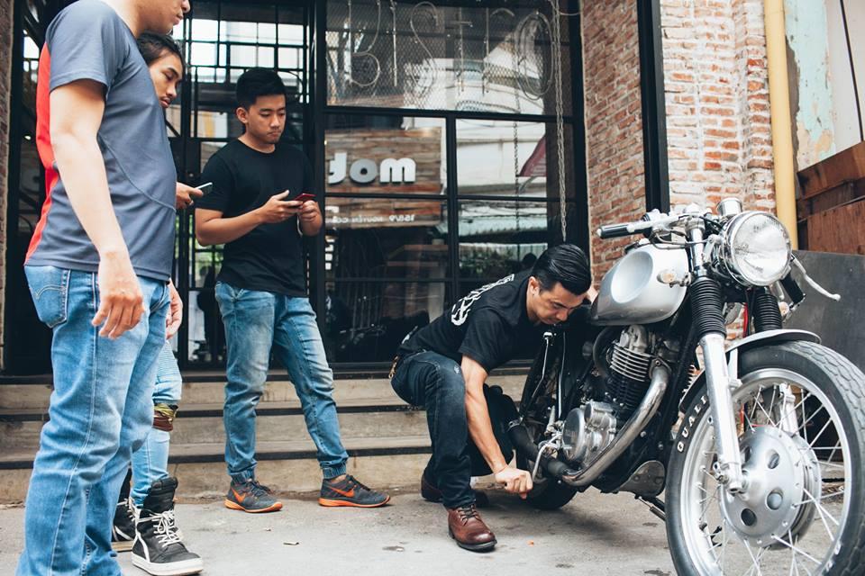 San-choi-moi-Biker-Shield-Bistro-cho-nguoi-yeu-xe-giua-Sai-Gon-anh-16
