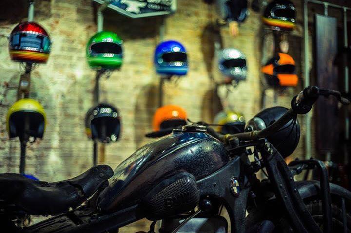 San-choi-moi-Biker-Shield-Bistro-cho-nguoi-yeu-xe-giua-Sai-Gon-anh-7